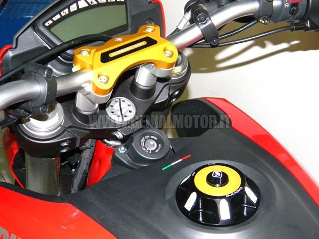 BM02B Ducabike Bm02b Blocco Manubrio Hyp 821 Oro