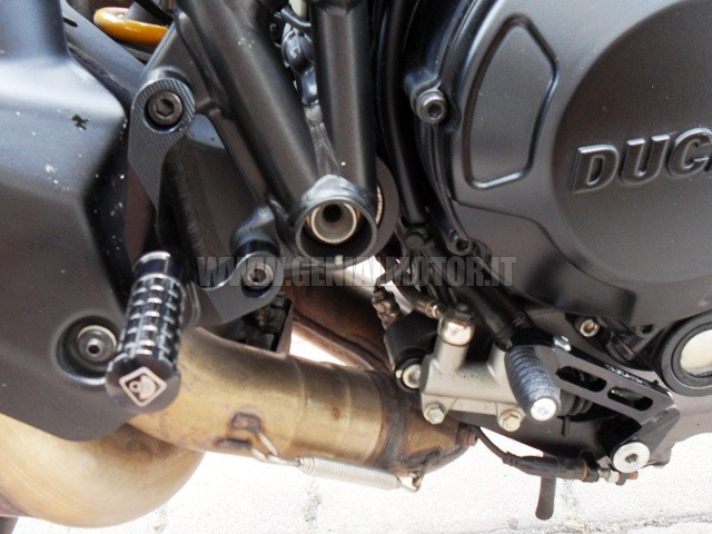 Ducabike Prsfe02dd Pedane Regolabili Streetfighter Nero