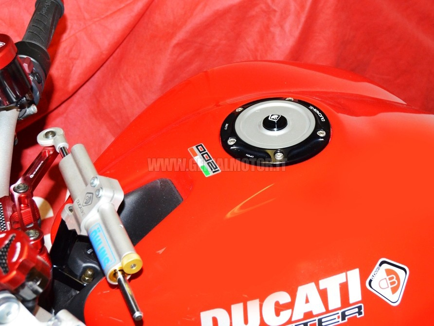 Ducabike Tsb06de Tappo Serbatoio Benzina Nero - Silver
